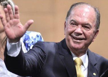 Leão revela pedido familiar para concorrer como vice-governador