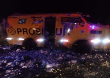Boa Nova: Segurança morre e colega fica ferido em ataque a carro-forte