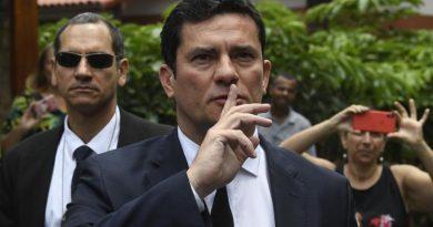 'Pode ter havido descuido formal, mas não cometi nenhum ilícito', afirma Moro