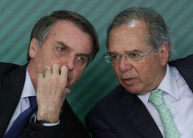 Não há plano B, economia é 100% com Guedes, diz Bolsonaro a jornal